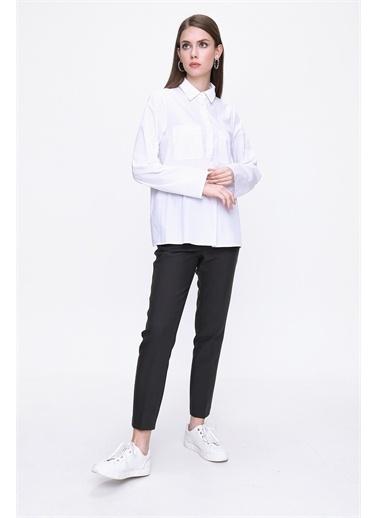 Aker Bluz Beyaz